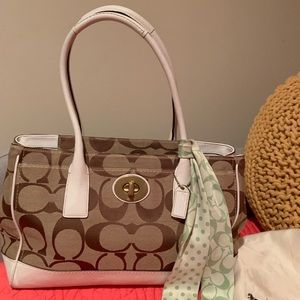 Coach Madeline Large Signature Bag w/Scarf